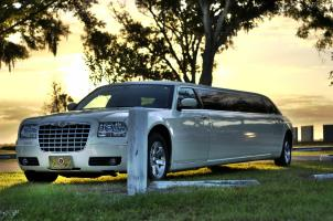 Chrysler 300 Limo St Pete